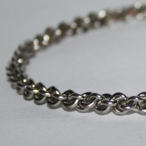 Chain link silver bangle bracelet